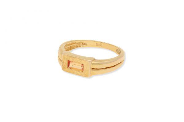 Ring 333 Gelbgold • synthetischer Korund • Seitenansicht